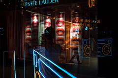 * (Sakulchai Sikitikul) Tags: street snap streetphotography summicron sony 35mm leica thailand bangkok neon reflection siamcenter silhouette