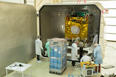 EDRS-C prepared for shipping (europeanspaceagency) Tags: inthecleanroom edrsc satellite spacecraft craft shipping laser esa europeanspaceagency space universe cosmos spacescience science spacetechnology tech technology