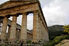 IMG_8083 (Vito Amorelli) Tags: segesta sicily dorictemple greektheater