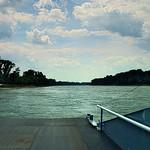 Auf der Rheinfähre thumbnail