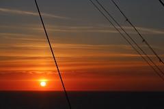 Oceanic sunset (Sven Bonorden) Tags: sun sunset sonnenuntergang sonne himmel sky wasser water ozean nordsee northsea evening abend schiff ship orange