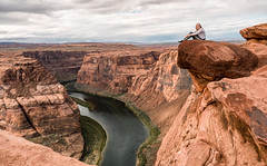The Ledge - Explore (Ron Drew) Tags: outside nikon d800 horseshoebend arizona tourist cliff ledge river coloradoriver page boat glencanyonnationalrecreationarea storm