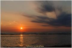 Zonsondergang Katwijk (Hetwie) Tags: natuur sea nature landscape landschap zee zonsondergang water strand sunset beach katwiujk katwijkaanzee zuidholland nederland nl