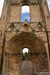 Jedburgh Abbey Scotland (herr flick A700) Tags: scotland abbey ruins arch