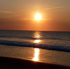 Ocean City Sunrise 9 ~ July (Rain Love AMR) Tags: sun sunrise beach ocean
