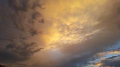 Alpha and Omega (Monaggio) Tags: sky skies cielo nubes clouds sunset ocaso atardecer dusk yellow amarillo light luz sombras shadows stormy storm tormenta tormentoso verano summer