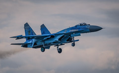 Sukhoi Su-27P Flanker Ukranian AF landing (dickiebirdie68) Tags: aircraft military airshow flight flying riat fairford clouds sky