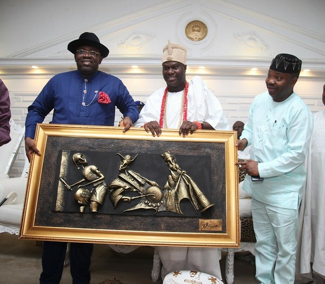 HSDickson- Courtesy call to Ooni of Efe. 12th July 2018