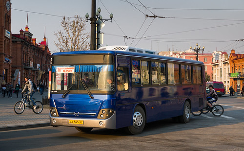 Khabarovsk city bus: Daewoo BS106 # АА595 27