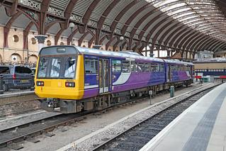 142040 Class 142 Pacer