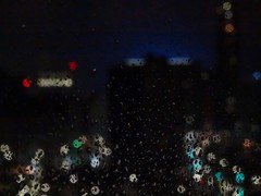 (Yullien) Tags: detroit michigan night lumières pluie ville