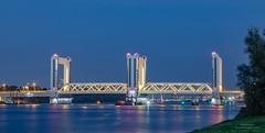 Botlek Bridge (Peet de Rouw) Tags: brug bridge botlekbrug botlekbridge oudemaas botlek hoogvliet rotterdam portofrotterdam night peetderouw denachtdienst canon5dmarkiv canonef24105mmf4lisusm holland netherlands zuidholland