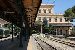 FS: Stazione Agrigento Centrale (Helgoland01) Tags: agrigento sicilia sizilien italia italien eisenbahn railway bahnhof station fs bahnhofsgebäude stazione erafascista