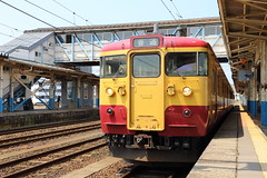 Local train (Teruhide Tomori) Tags: train railway jr japanrailway nigata 115series kashiwazaki japan japon local shinetsuline railroad traffic station 115系 普通列車 新潟県 柏崎駅 信越本線 日本 jr東日本 電車 鉄道 列車 各駅停車