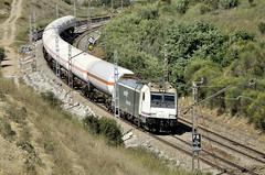 BUTÀ Montornés- Tarragona (Andreu Anguera) Tags: ferrocarril tren mercancias mercaderies butano renfe 253085 montornés tarragona santsadurnodanoia andreuanguera