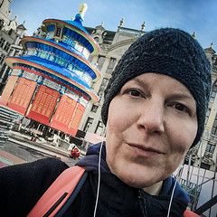 Last afternoon in town (Melissa Maples) Tags: brussel bruxelles brussels belgique belgië belgium europe apple iphone iphone6 cameraphone winter square 11 me melissa maples selfportrait woman earbuds hat chinesenewyear rotunda grotemarkt grandplace