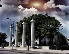 Columbia  Missouri - 4 doric columns of the former Boone County Courthouse - Historic (Onasill ~ Bill Badzo) Tags: columbia mo missouri doric four 4 columns nrhp landmark old courthouse boonecounty avenue 8th street st university francis quadrangle cityhall midwestern academic hall tiger hotel scaffold guitar building onasill district