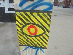 1463 (en-ri) Tags: occhio eye nero rosso giallo torino wall muro graffiti writing parco dora