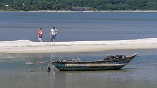 Paseo en la Laguna Lap An, Provincia de Thua Thien-Hue, Vietnam