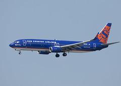 N808SY_737-8BK_SCX_KSEA_9119 (Mike Head -Jetwashphotos) Tags: boeing 737 7378bk sy scx suncountryairlines sea ksea seatac wa washingtonstate us usa america
