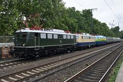 DB Classic Convoy (davidvines1) Tags: railroad rail railway train electric diesel locomotive db deutschebahn