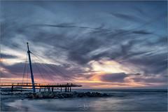 Aussichtsplattform Hohwacht (gsegnet) Tags: sonnenuntergang sunset blauestunde bluehour meer ostsee wolken clouds deutschland germany schleswighollstein hohwacht strand wasser nikon d850 tamron1530 haidanikon