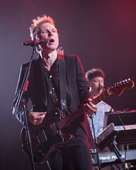 "Franz Ferdinand - VIDA Festival 2018 - Viernes - 6 - M63C9902 • <a style=""font-size:0.8em;"" href=""http://www.flickr.com/photos/10290099@N07/42428202144/"" target=""_blank"">View on Flickr</a>"