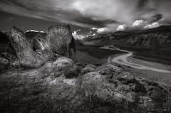 Rio de Las Vueltas, El Chalten (josemcalvol) Tags: rio riodelasvueltas elchalten patagonia blackwhite blanconegro rocas river clouds