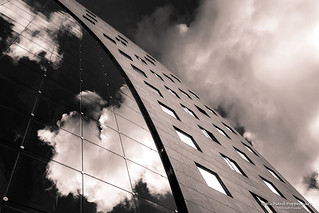 Facing Cloud Reflections - Markthal Rotterdam/NL