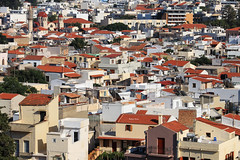 Aerial view of a town in Crete (Robyn Hooz) Tags: crete aerial view case houses far height altezza fortezza retimno rethymnos zoom creta