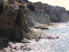 (Joan Pau Inarejos) Tags: grecia garmor despedida miconos mykonos junio vacaciones viaje costa costas playa playas rocosas rocoso rocosa rocosos litoral rocas