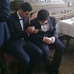 François et son frère cadet, Edgar, au mariage de Philippe thumbnail