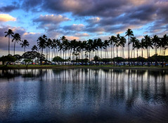 Ala Moana Sunset (jcc55883) Tags: alamoanaboulevard alamoanaarea alamoanabeachpark luckywelivehawaii hawaii oahu honolulu sunset sky clouds silhouette ocean pacificocean ipad