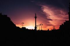 Eventide (ewitsoe) Tags: city ewitsoe spring erikwitsoe streetphotography warsaw sunset settignsun family acrosstheglobe home warszawa citycenter starymiasto oldmarket cityscape silhouette