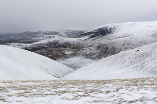 North-west from Rowantree Grains in snow, Brant Fell, Howgill Fells near Sedbergh, Yorkshire Dales National Park, Cumbria, UK