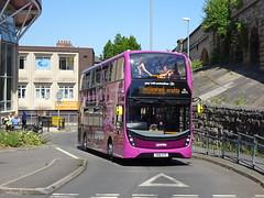 Stagecoach 10975 Mansfield (Guy Arab UF) Tags: stagecoach east midlands 10975 sn18ktk alexander dennis e40d enviro 400mmc mansfield bus station pronto nottinghamshire buses