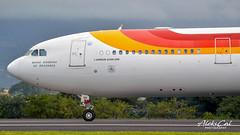 iberia A340-313 EC-IIH (aleks_cal) Tags: iberia madrid sanjose costarica espana avion airbus a340 airbus340 airplane aviation airport rojo landing