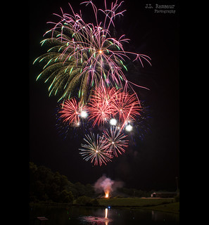 Independence Day Fireworks - Twin Lakes Catfish Farm - Baxter, Tennessee