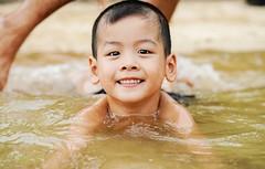 公司越南旅遊_14 (米漿 專賣店) Tags: vietnam 越南 下龍灣 英雄島 海邊 小朋友 小孩子 海灘 a7r3 fe85
