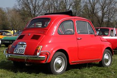 Fiat 500 L (dididumm) Tags: fiat500l lusso cinquecento red vintage car auto alt oldtimer rot oldtimertreffen prickingshof halternamsee nrw germany