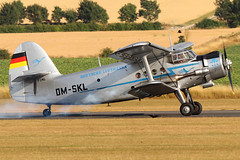 D-FONL (GH@BHD) Tags: antonov an2s flyinglegends2018 duxfordairfield flyinglegends imperialwarmuseum biplane aircraft aviation vintage dmskl