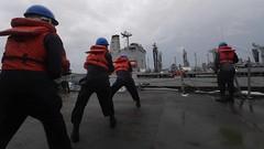 180716-N-HV059-1172 (U.S. Pacific Fleet) Tags: ussmustinddg89 usnavy sailors ships southchinasea underwayreplenishment usnstippecanoetao199
