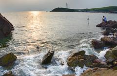 Rock (MelindaChan ^..^) Tags: guangxi china 廣西 rock water sea chanmelmel mel tide splash wave melinda melindachan 防城港 lady 怪石灘