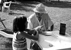 Il Mago (Mattia Camellini) Tags: moskva5 industar35105mm kodaktmax400pro ilfosol3 6x9cm mediumformat analog analogue pellicola 120rollfilm bw bn blackandwithe mattiacamellini portrait ritratto people persone magician mago streetphotography