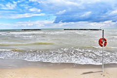 Sulla spiaggia di San Benedetto del Tronto (lucamarasca1) Tags: season summertime estate summer nature nikkor1855mm 1855mm nikkorlens d5500 nikond5500 nikkor nikon italia italy sanbenedettodeltronto sabbia send paesaggi bacground weater waves mare sea spiaggia beach landscape