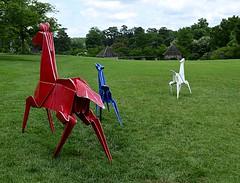 Scampering Horses (pjpink) Tags: origami sculpture lewisginterbotanicalgarden lewisginterbotanicalgardens lewisginter gardens northside rva richmond virginia june 2018 summer pjpink 2catswithcameras