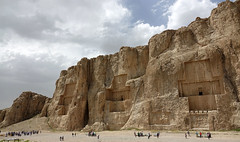 DSC08427 (Dirk Rosseel) Tags: naqsherostam iran shiraz persia persian basreliëfs darius xerxes rock rocks iranian