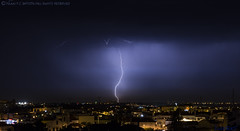 2018.06.21 - 221058 (NIKON D7200) [Amora] (Nuno F. C. Batista) Tags: clouds nuvens amora seixal portugal lusoskies lightning relâmpago thunderstorm trovoada storm night sky nikon severeweather storms photography margemsul skies portuguese meteorology cumulunimbus d7200