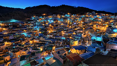light up after sunset (mikemikecat) Tags: winter gamcheon culture village busan south korea sony a7r fe1635mm sel1635z magicmoment 甘川洞文化村 감천문화마을 house housing building stacked cityscape urban urbanscape dusk colorful carlzeiss clouds vintage twilight nightscape nightview nostalgia hdr