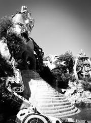 4256 - Fortune wheel (Diego Rosato) Tags: fortune wheel ruota fortuna fontana fountain water acqua bianconero blackwhite fuji x30 rawtherapee parco giardino tarocchi park garden tarots